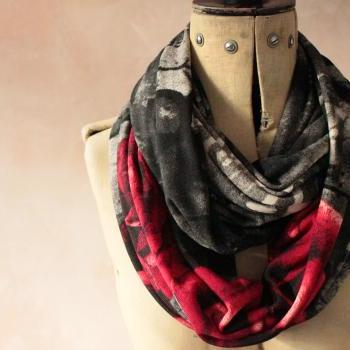 Infinity scarf - Snood, Eternity scarf, Circle scarf, Jersey scarf, Tube scarf, Loop scarf, Snood, T-Shirt scarf - Red Rose